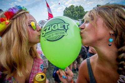 2015 Sziget himnusz: Easy As One Two Three